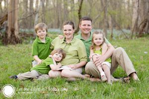 Portrait of a family of five with mom expecting another child. Portrait taken in Manassas Virginia