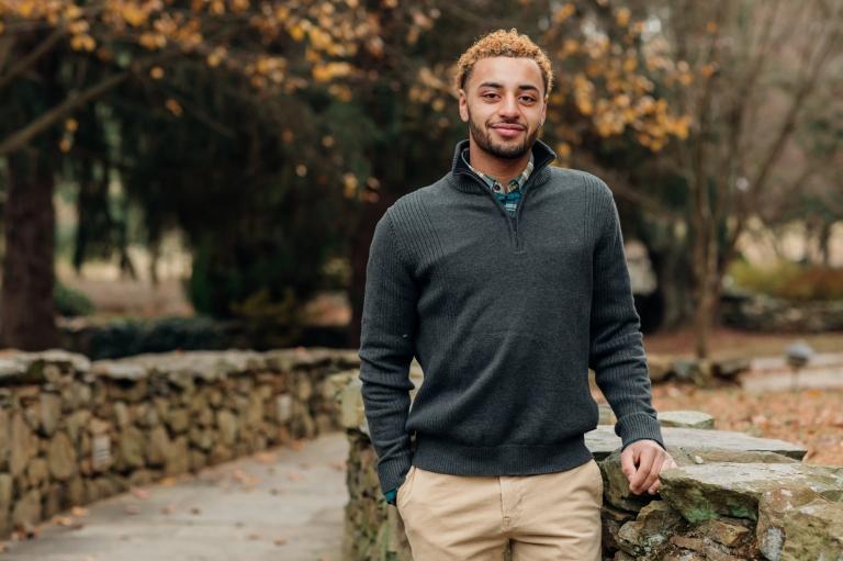 Senior Portrait of a High School Senior from Haymarket VA