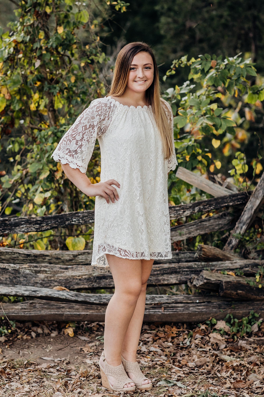 Battlefield High School Senior girl posing for photo
